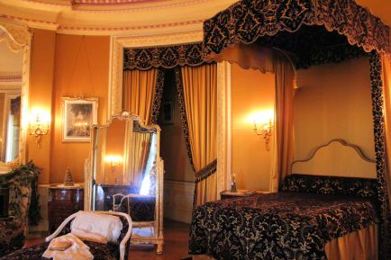 Mr. Vanderbilt's bedroom