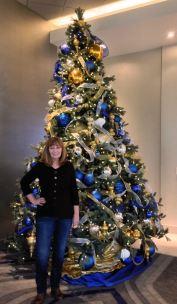 hotel-xmas-tree