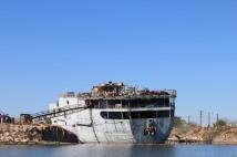 US Navy destroyer, USS Shenandoah, being dismantled