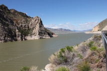 Shoshone River feeding into dam