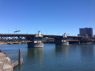 Burnside Bridge spanning Willamette River