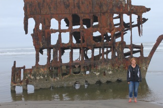 Jan by Peter Iredale wreckage