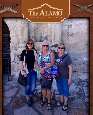 Jan, Sheila dn Michelle at The Alamo