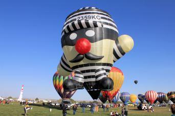 Convict balloon