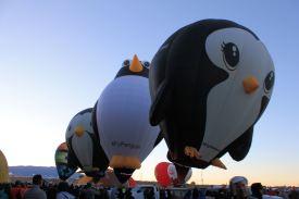 Penquin balloons