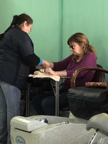 Jan getting her manicure