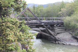 Side view of Canyon Creek Bridge