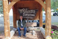 Phil at Talkeetna sign