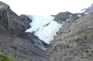 Worthington Glacier from path