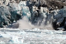 Splash from calving of glacier wall