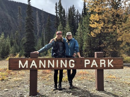 Jarrod and Jess at Manning Park sign