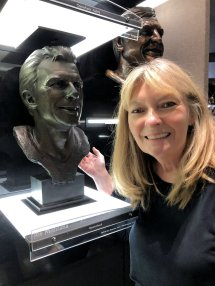 Jan with Joe Montana bust