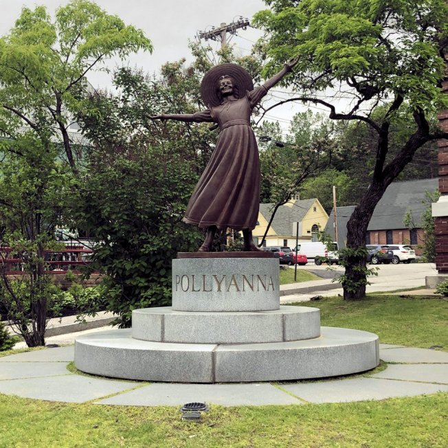 Pollyanna sculpture