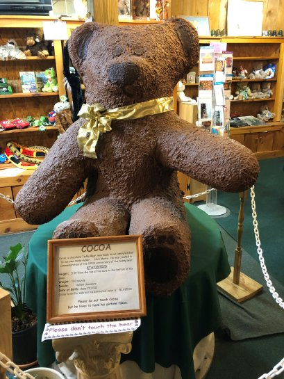 100 pound chocolate bear