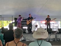 House of Hamill performing on Main Stage