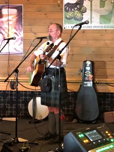 Seamus Kennedy performing on Irish Pub stage