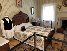 Andrew Johnson's bedroom