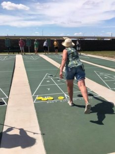 Shuffleboard tournament