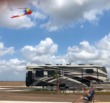 Phil relaxing while kiting on Sunday
