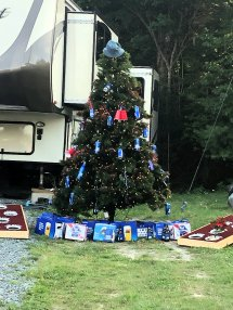 Beer-themed Christmas tree