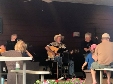 Live music at Grand Ole RV Resort