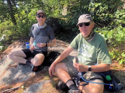 Jason and Phil having breakfast on the Kane Path